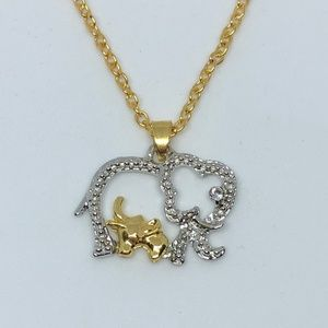 Jewelry - Gold/Silver Mother/Baby Elephant Pendant Necklace